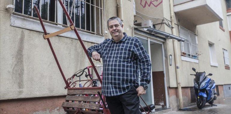 Alfonso Fernández: «No nos conformamos con ponerles una cama, sino con su felicidad»